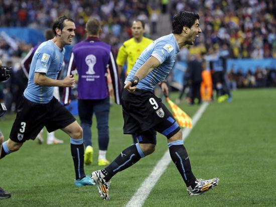 Суарес останется наказанным: ФИФА отклонила апелляции