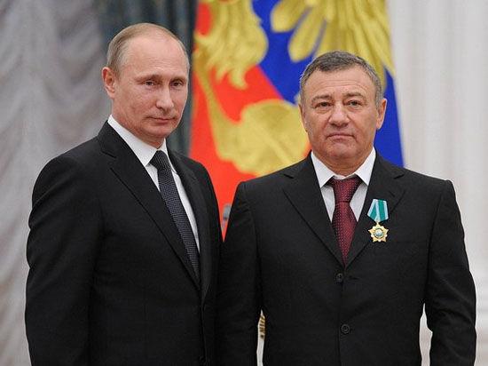 Заморожены счета и опечатана недвижимость российского бизнесмена