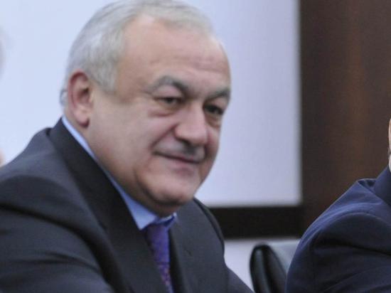 Глава Северной Осетии: готов пойти ополченцем на Донбасс, но... много дел