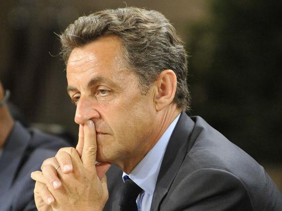 Экс-президента Франции Николя Саркози допрашивали 15 часов и предъявили обвинения в коррупции