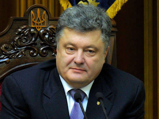 Порошенко: Вторгшаяся на Украину колонна российской военной техники уничтожена