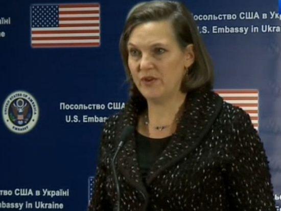 Нуланд сообщила, что смягчение санкций для России связано с освобождением летчицы Савченко