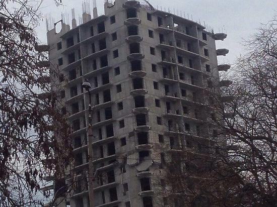 16-этажный дом в Севастополе уже выдержал два взрыва