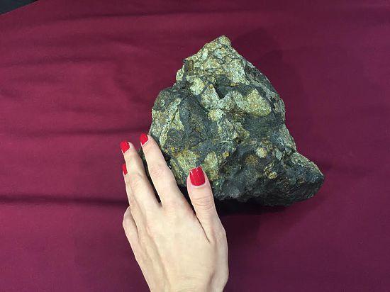 Метеорит начнет исполнять желания в столице