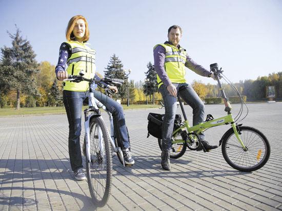 Велосипедисты вытянули счастливый жилет