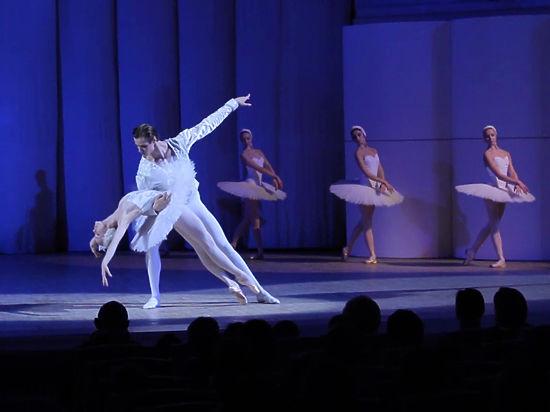 Борис акимов артист балета скандал сексуальный