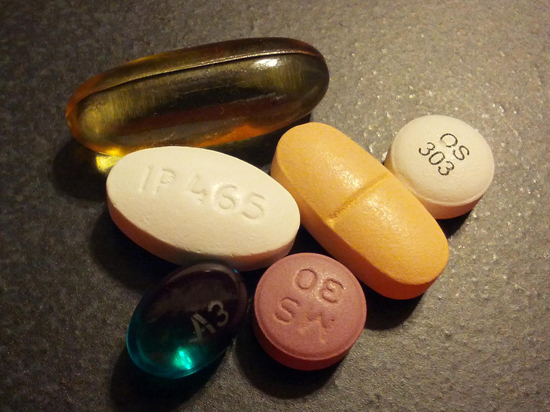 Врачей хотят штрафовать за названия лекарств в рецептах