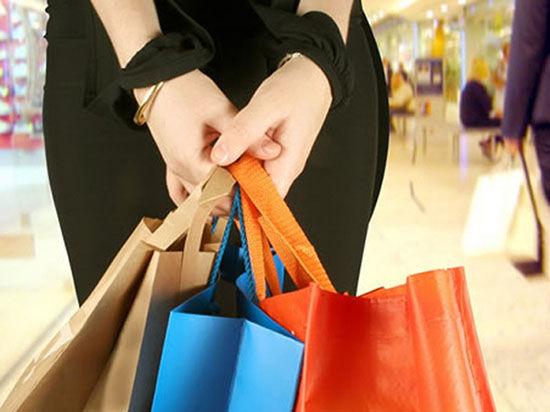 Основное количество одежды, обуви и еще ряда товаров поступают на полки наших магазинов из Китая
