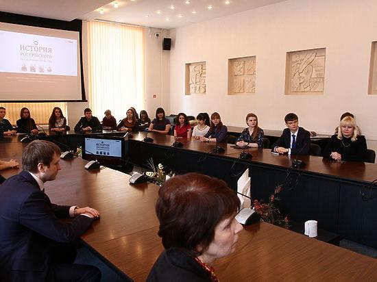 3 апреля состоялось награждение победителей регионального этапа Всероссийской олимпиады по истории российского предпринимательства для студентов курских вузов.