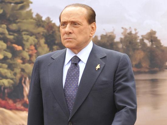 Экс-премьер Италии Берлускони выбил себе скидку на алименты бывшей супруге
