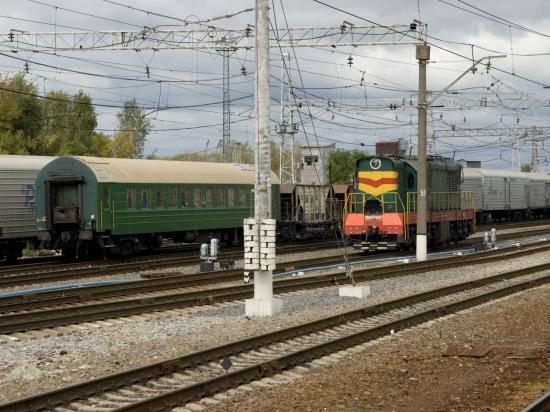 В Москве в депо тепловоз врезался в электричку: один человек погиб