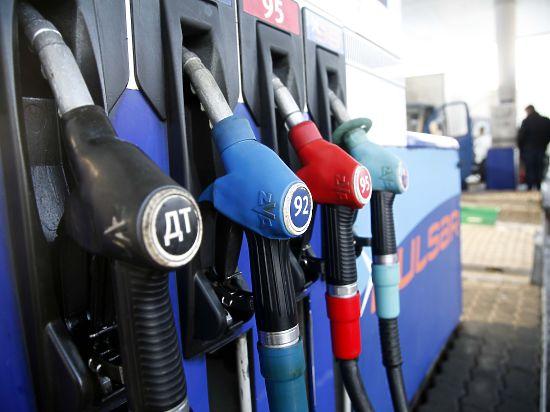 Ранее предполагалось,что стоимость топлива  вырастет не более чем на 1,8 рубля за литр