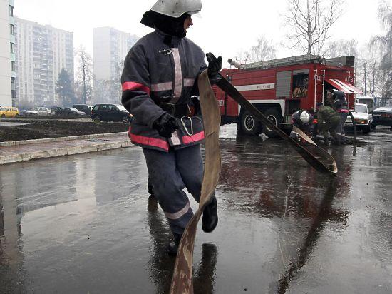 Пострадавших при ЧП в центре Москвы направляют во временные эвакопункты