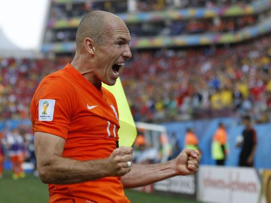 Чемпионат мира по футболу. Нидерланды - Мексика: драма оранжевого цвета