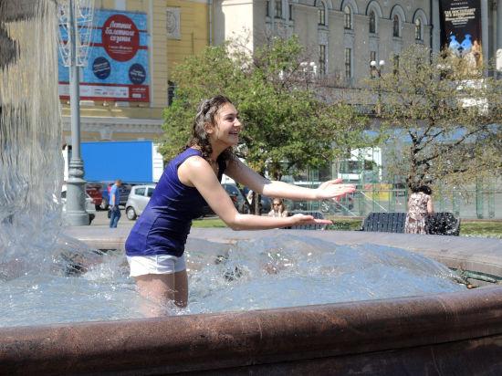 Лето вернется в Москву во вторник. И надолго