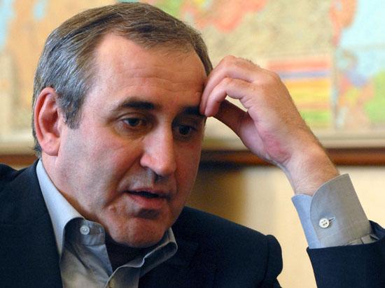 Будет ли оппозиция клянчить у «Единой России» подписи муниципальных депутатов на губернаторских выборах?