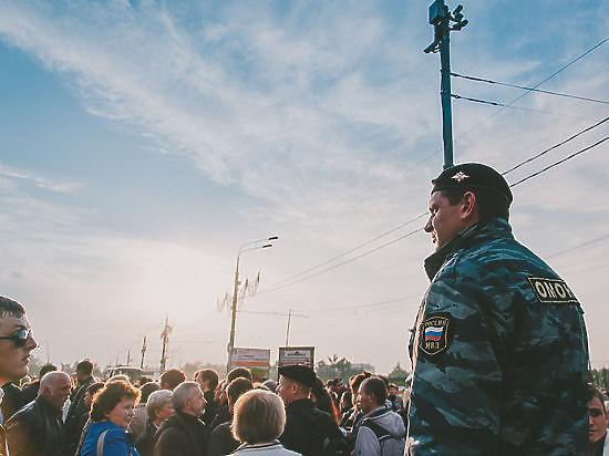 Траурное шествие в память Бориса Немцова пройдет в воскресенье в центре Москвы