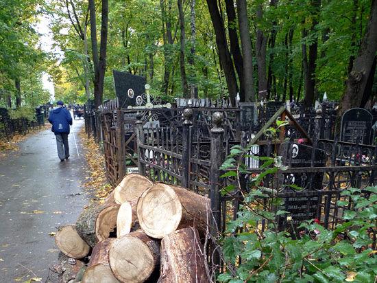 Киеву не хватает кладбищ