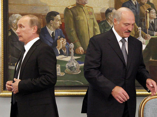 Путин не планирует встречаться с Лукашенко, назвавшим политику России
