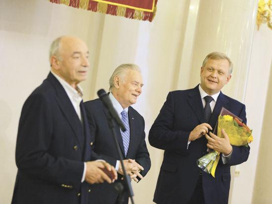 Как вручали премии Москвы в области литературы и искусства