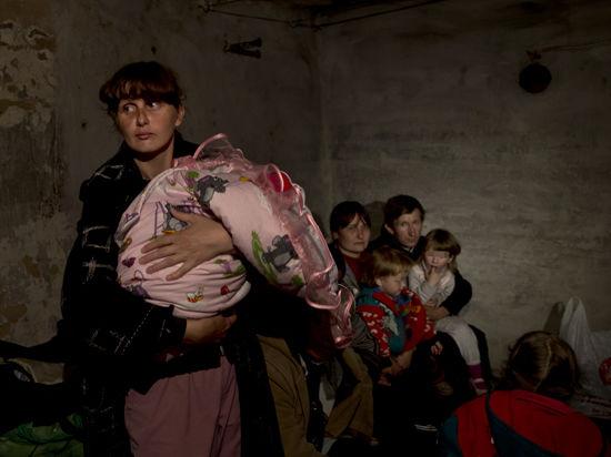 Из Славянска перестали выпускать женщин и детей