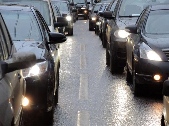 Московские чиновники изучат влияние автомобильных выхлопов на экологию
