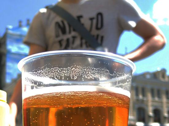 В правительстве и парламенте обсуждают запрет продажи алкоголя по выходным