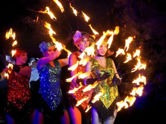 Ромео и Джульетта сгорали в огненном шоу