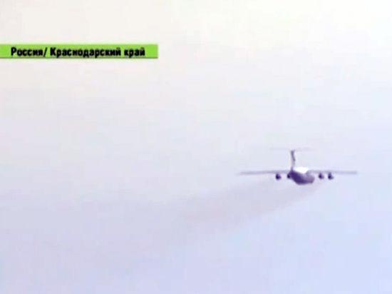 ЧП в Сочи: турецкий Boeing с сотней пассажиров выкатился за пределы полосы
