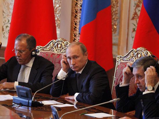 Путин в Душанбе поговорил с Каримовым о ленивцах, а с Си Цзиньпином — о «Силе Сибири»