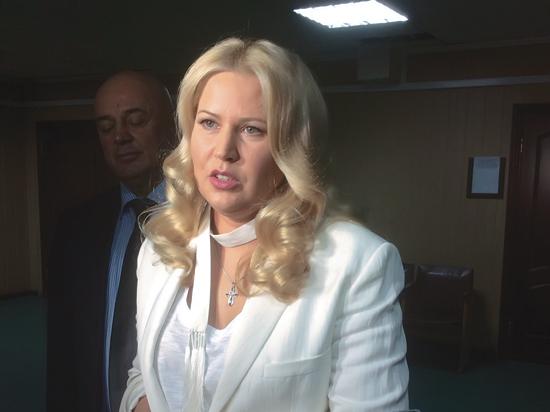На процессе по делу Васильевой начали свидетельствовать против Сердюкова