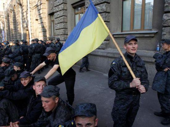 Отпустите нас домой! На Украине Нацгвардия