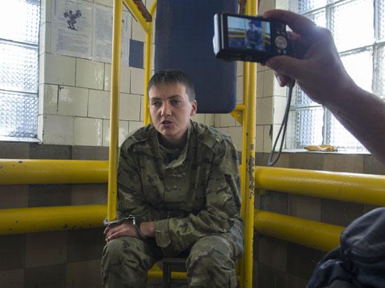 Украинскую летчицу Савченко в Москве проверят на вменяемость
