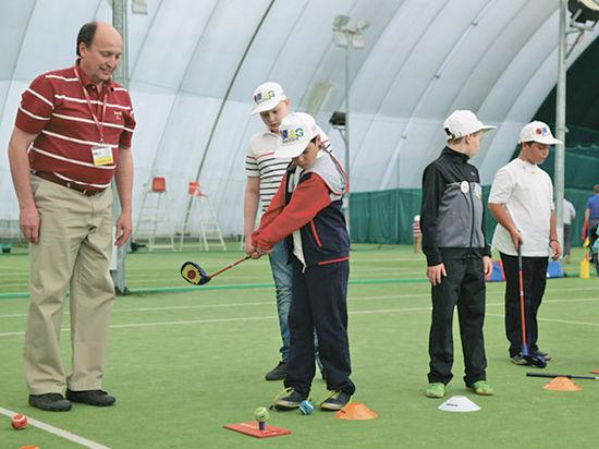 В Северном Бутове состоялся чемпионат среди учащихся по гольфу