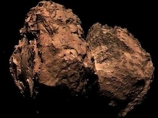 Комета Чурюмова-Герасименко может быть не красной, а пыльной