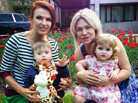 Дочка Антона и Вики Макарских растет настоящей красавицей