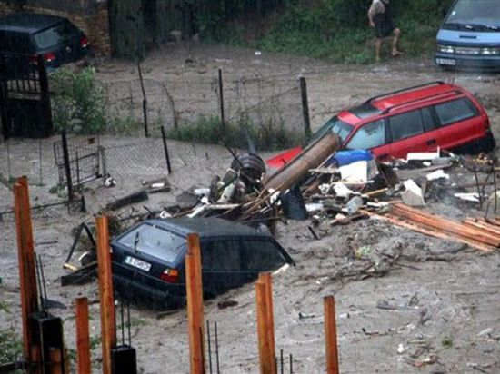 Наводнение в Болгарии: туристов готовы защитить