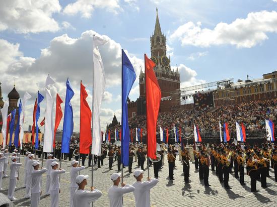 День города в Москве отметят бесплатными экскурсиями