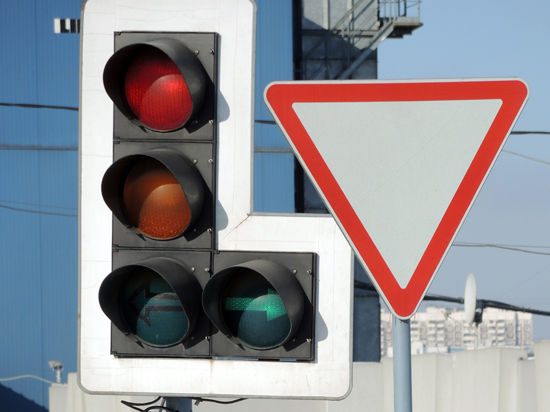 Светофоры расскажут пешеходам, что делать в случае теракта