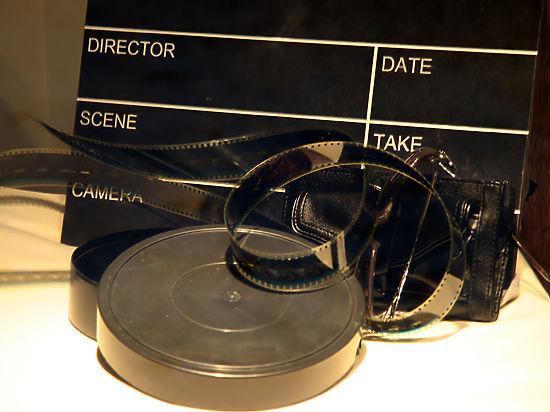 Кинокомпания решила «спасти лицо», решившись на прокат фильма