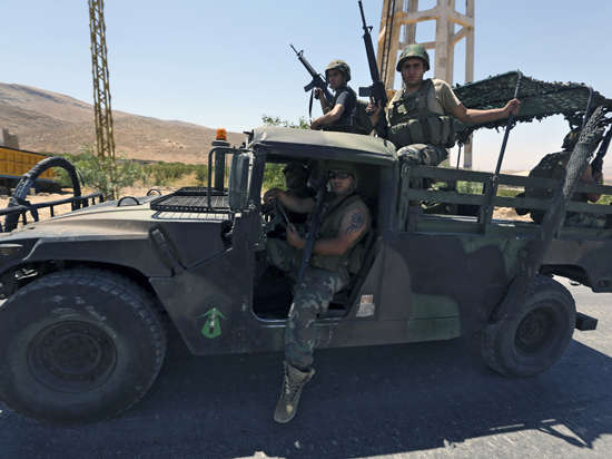 Боевики ИГИЛ захватили ливанский город Арсаль на границе с Сирией