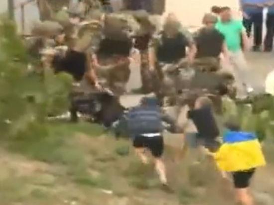 В Одессе хулиганы могли подорвать здание Генконсульства Российской Федерации