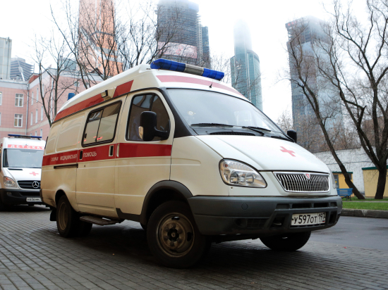 В окно кабинета гинеколога в Москве швырнули