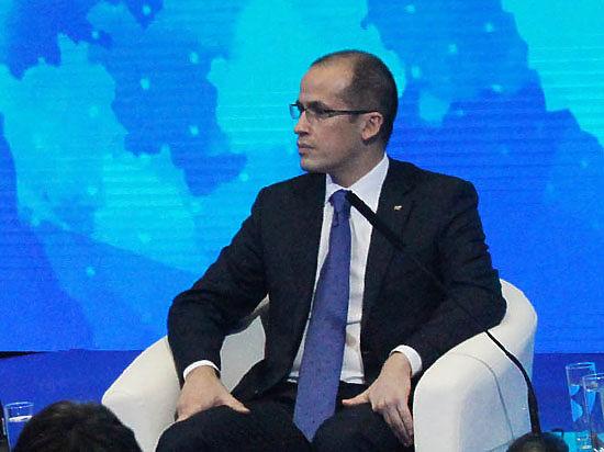 Глава ОПРФ Бречалов хочет давать «социальным» НКО налоговые льготы и скидку на аренду, «политическим» — ничего