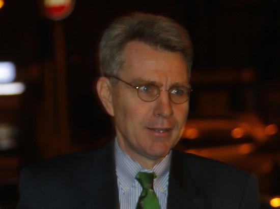 Джеффри Пайетт также осудил украинские фирмы за сотрудничество с РФ