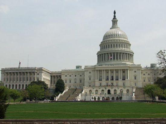 Американский сенатор предлагает оказать прямую военную помощь Украине на сумму 100 млн долларов