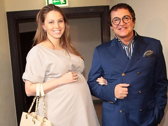 Супруга Дмитрия Диброва родит третьего ребенка этим летом
