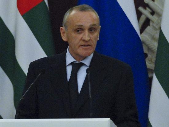 Двоевластие в Абхазии: к чему оно может привести?