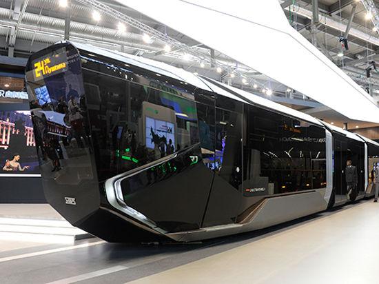 Инновационный трамвай «Russia One» произвел фурор на «Иннопроме-2014»