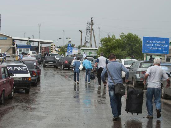 МЧС России организует воздушную эвакуацию беженцев с Украины
